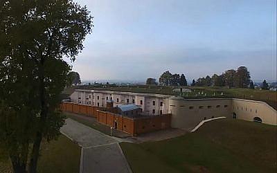 Le Neuvième fort en Lituanie, un complexe de bunkers datant du 19ème siècle, où les nazis avaient installé un camp de la mort et d'exécution (Capture d'écran : YouTube)