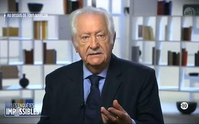 """Pierre Bellemare, présentant """"Enquêtes impossibles"""" sur NT1 en 2013 (Crédit: capture d'écran Les Enquêtes impossibles/Youtube)"""