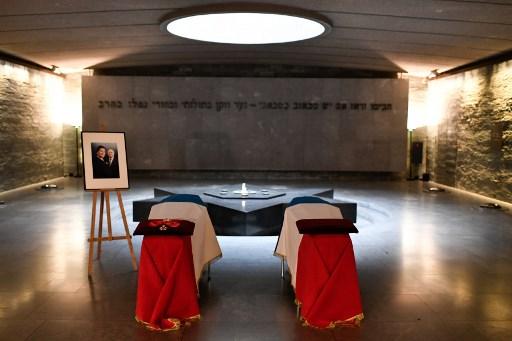 Simone Veil accueillie dans l'émotion au Panthéon parmi