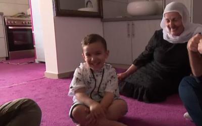 O'Neal Mahmoud, un garçon druze israélien de la ville de Majdal Shams qui parle couramment l'anglais. (Capture d'écran: canal 10)