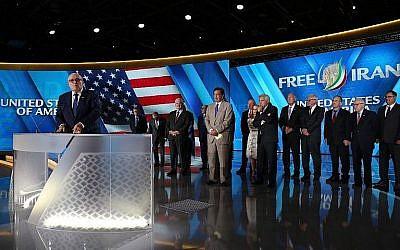 """L'ancien maire de New York Rudy Giuliani à un évènement """"Free Iran 2018 - the Alternative"""" le 30 juin 2018, à Villepinte, en banlieue parisienne. (Crédit : AFP /Zakaria Abdelkafi"""