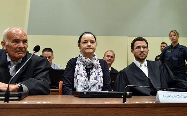 L'accusée Beate Zschaepe lors de son procès dans une salle d'audience à Munich, dans le sud de l'Allemagne, le 3 juillet 2018. (Crédit : Christof STACHE / AFP)