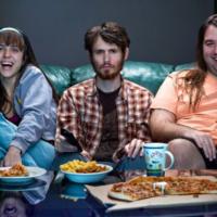 (De gauche à droite) : Naomi Levov, Ron Majar et Ben Yosipovich (Crédit : Affiche Tribecca)