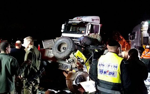 Photo d'illustration : La scène d'un accident de la route au carrefour de Nizzane Oz sur la Route 6, le 19 février 2018 (Crédit : Services d'urgence Zaka)