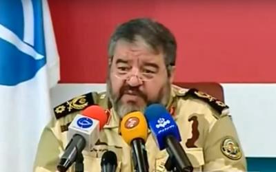 Le général de brigade Gholam Reza Jalali, commandant de la Défense passive iranienne. (Crédit : capture d'écran YouTube)