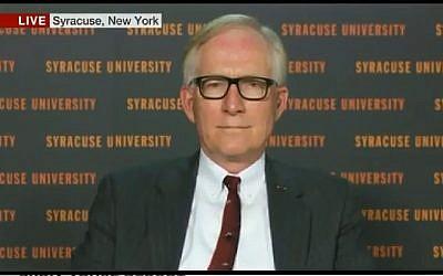 David M. Crane interviewé par BBC World, le 22 janvier 2014 (Capture d'écran : Youtube)