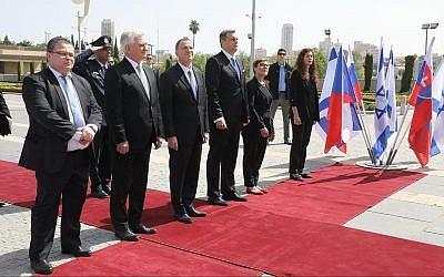 Le président de la Knesset Yuli Edelstein à une cérémonie fêtant les 100 ans depuis la fondation de la Tchécoslovaquie et les 70 ans selon l'établissement d'Israël, le 3 juillet 2018 (Crédit : Knesset)