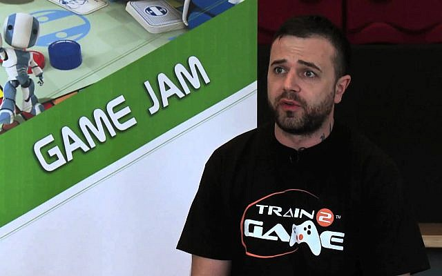 Damien Enticott, conseiller municipal du Parti travailliste britannique (Capture d'écran YouTube))