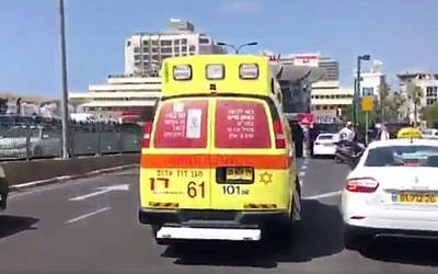 Photo d'illustration : Une ambulance du  Magen David Adom à Tel Aviv (Capture d'écran :  MDA)