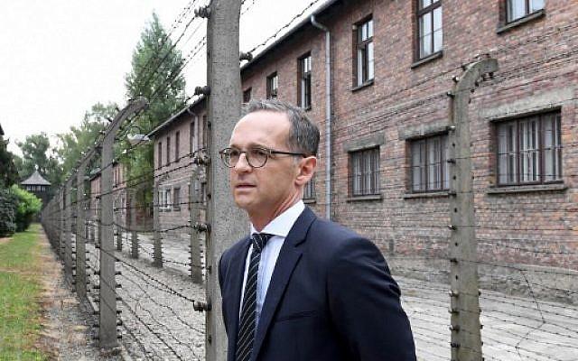 Le ministère des Affaires étrangères allemand Heiko Maas à Auschwitz le 20 août 2018. (Crédit: AFP/ JANEK SKARZYNSKI)