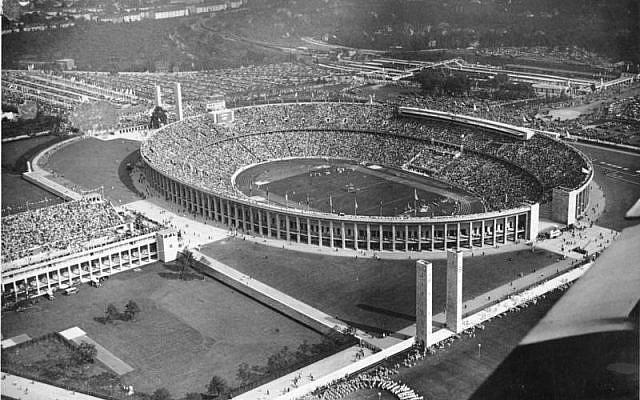 Stade olympique de Berlin en 1936. (Crédit ; Bundestag Archives via Wikimedia)