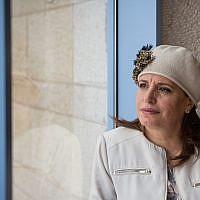 L'adjointe au maire de Jérusalem Hagit Moshe, à la municipalité de Jérusalem, le 3 mai 2016. (Crédit : Miriam Alster/FLASH90)