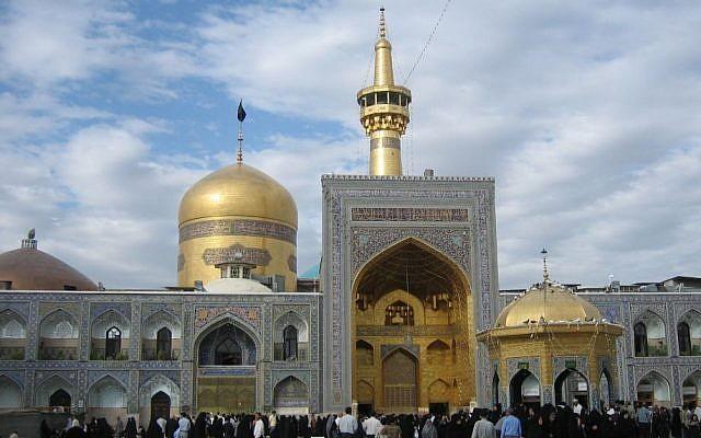 Le sanctuaire de l'imam Reza à Mashhad. (Crédit : CC BY-SA IA Iahsan, Wikimedia)
