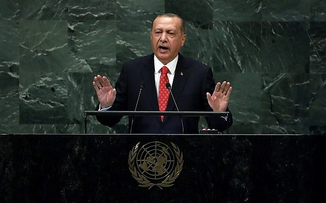 Le président turc Recep Tayyip Erdogan s'adresse à la 73e session de l'Assemblée générale des Nations Unies, au siège des Nations Unies, le 25 septembre 2018. (AP Photo/Richard Drew)