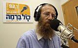 Dudi Shumenfeld de la station de radio ultra-orthodoxe Kol Berama, le 1er juillet 2009 (Crédit :  Yaakov Naumi/Flash90)