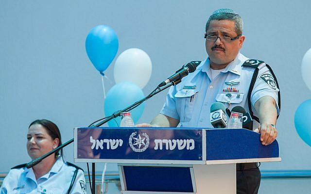 Le chef de la police israélienne Roni Alsheich lors de la cérémonie d'inauguration d'un nouveau centre de contrôle de la police, dans le district du nord de Nazareth, le 21 juin 2018 (Crédit :  Meir Vaaknin/FLASH90)