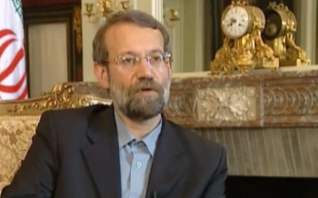 Le président du Parlement iranien Ali Larijani s'exprime lors d'une interview à Téhéran, en Iran, le 16 juin 2007. (Capture d'écran EuroNews/YouTube)