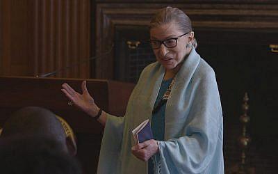 Ruth Bader Ginsburg a atteint le statut d'icône de la culture pop au cours de la dernière décennie. (Avec l'aimable autorisation de Magnolia Pictures/via JTA)