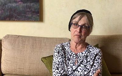 Capture d'écran d'un message vidéo du rabbin Rachel Cowan au Congrès demandant aux législateurs de ne pas abroger la loi sur les soins abordables, le 20 juillet 2017. (YouTube / Auburn Seminary)