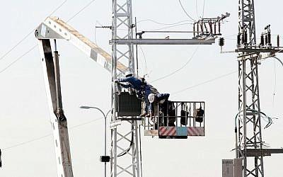 Photo d'illustration d'un câblage électrique. (Crédit photo : Roni Schutzer / Flash 90)