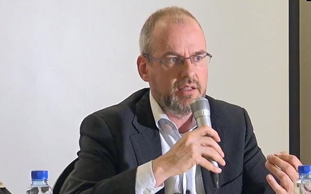 Arnoud van Doorn, député du conseil municipal de la Haye pour le parti islamiste pour l'Unité (Capture d'écran : YouTube )