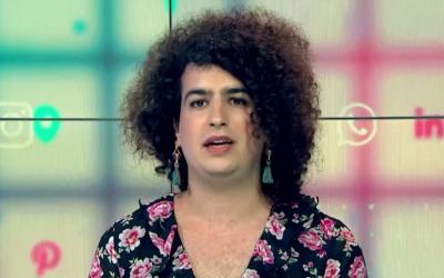 La femme transgenre Atalia Israeli-Nevo, qui explique avoir été empêchée d'entrer dans le Sinaï par les responsables frontaliers égyptiens (Capture d'écran : Dixième chaîne)