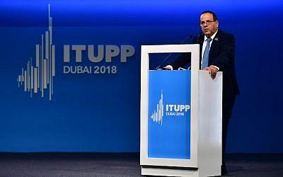 Ayoub Kara à Dubaï, le 30 octobre 2018 (Crédit : STRINGER / AFP)