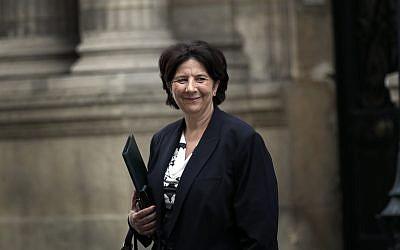 Frédérique Vidal, ministre de l'Enseignement supérieur, en mai 2018 devant l'Elysée (Crédit : AP/Christophe Ena)