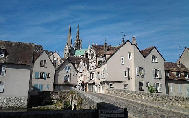 illustration : ville de Chartres (Crédit : Joxemai via Wikimédia CC BY-SA 3.0)