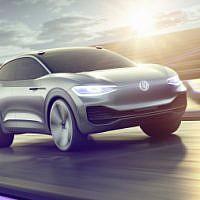 Volkswagen, Intel Mobileye et Champion Motors Mobileye ont annoncé lundi, 29 octobre 2018, leur projet de développer en 2019 la première voiture autonome en Israël. (Crédit : groupe Volkswagen)