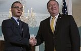Le Secrétaire d'État américain Mike Pompeo (à droite) serre la main du Ministre des Affaires étrangères allemand Heiko Maas au Département d'État à Washington D.C le 3 octobre 2018 (AFP PHOTO, Jim Watson)
