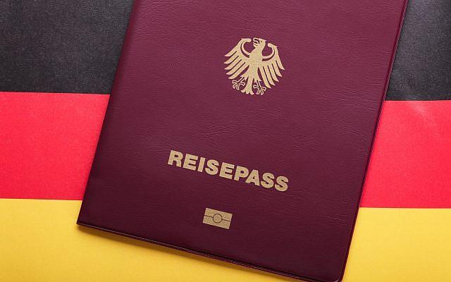Illustration : un passeport allemand. (Crédit : iStock)
