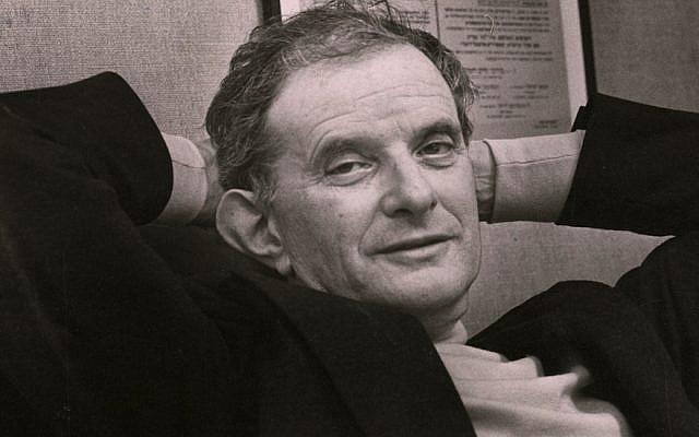 Walter Laqueur en 1981. (Fred Sweets/The Washington Post via Getty Images et JTA)