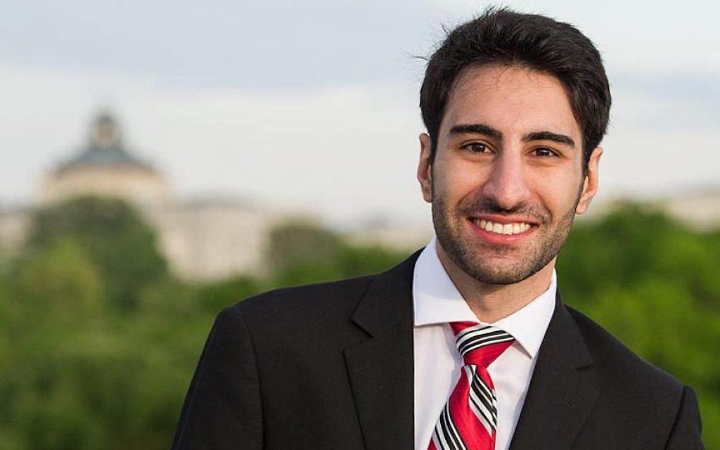 """Khashayar """"Shay"""" Khatiri dit avoir été motivé pour collecter des fonds pour la synagogue Tree of Life de Pittsburgh en raison de ses liens avec des amis et mentors juifs. (Crédit : avec l'aimable autorisation de Khatiri/JTA)"""