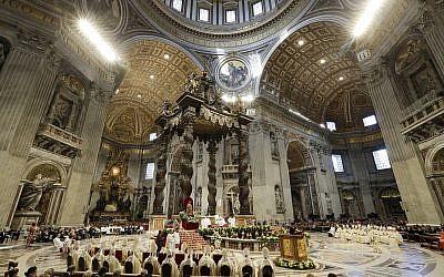 Le pape François célèbre une messe dans la basilique Saint-Pierre au Vatican, le 18 novembre 2018. (Andrew Medichini/AP)