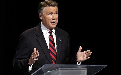 LE candidat républicain au Sénat pour la Caroline du Nord Mark Harris, le 28 avril 2014. (Crédit : AP/Pool)