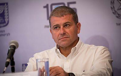 Moshe Edri assiste au lancement du nouveau siège national pour la protection des enfants en ligne à Jérusalem le 19 novembre 2018. (Yonatan Sindel/Flash90)