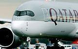 Un avion de Qatar Airways. Illustration (Crédit :  AP/Michael Probst-file)