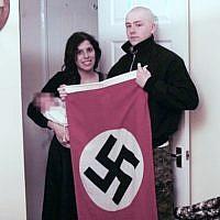 Adam Thomas et Claudia Patatas, des néo-nazis qui ont appelé leur bébé Hitler. (Crédit : Police des West Midlands via la BBC)