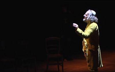 Représentation de la pièce Nathan le Sage (Capture d'écran: Comédie de l'est/Youtube)