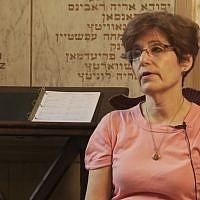 Amy Koplow, directrice de l'association pour l'enterrement hébraïque gratuit (Hebrew Free Burial Association) (Crédit: capture d'écran Youtube/JewGotTube)