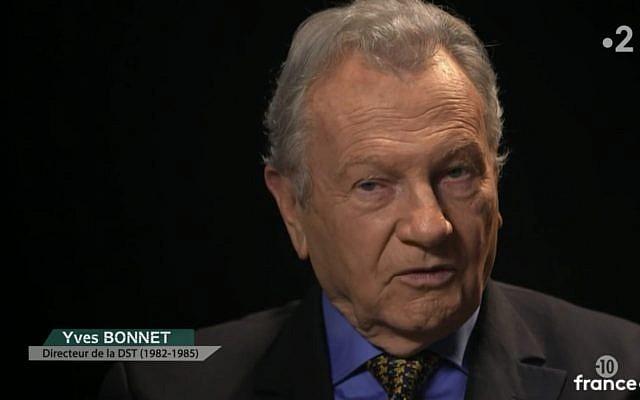 Yves Bonnet, ancien directeur de la DST, explique comment il a négocié avec le groupe terroriste Abou Nidal (Crédit: capture d'écran France 2)