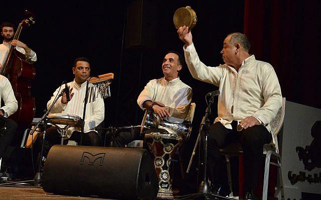 L'Orchestre andalou israélien Ashdod lors de l'ouverture du festival de musique andalouse du Maroc, le festival Andalussyat en décembre 2018 (Crédit: autorisation)
