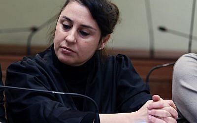l'avocate allemande d'origine turque, Seda Basay-Yildiz, visée par une cellule présumée d'extr^me-droite au sein de la police allemande. Photo prise le 9 janvier 2018. (Crédit : CHRISTOF STACHE / AFP)