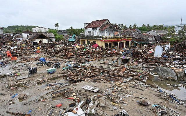 Les dégâts laissés par le tsunami en Indonésie le 25 décembre 2018, (Crédit : Adek BERRY / AFP)