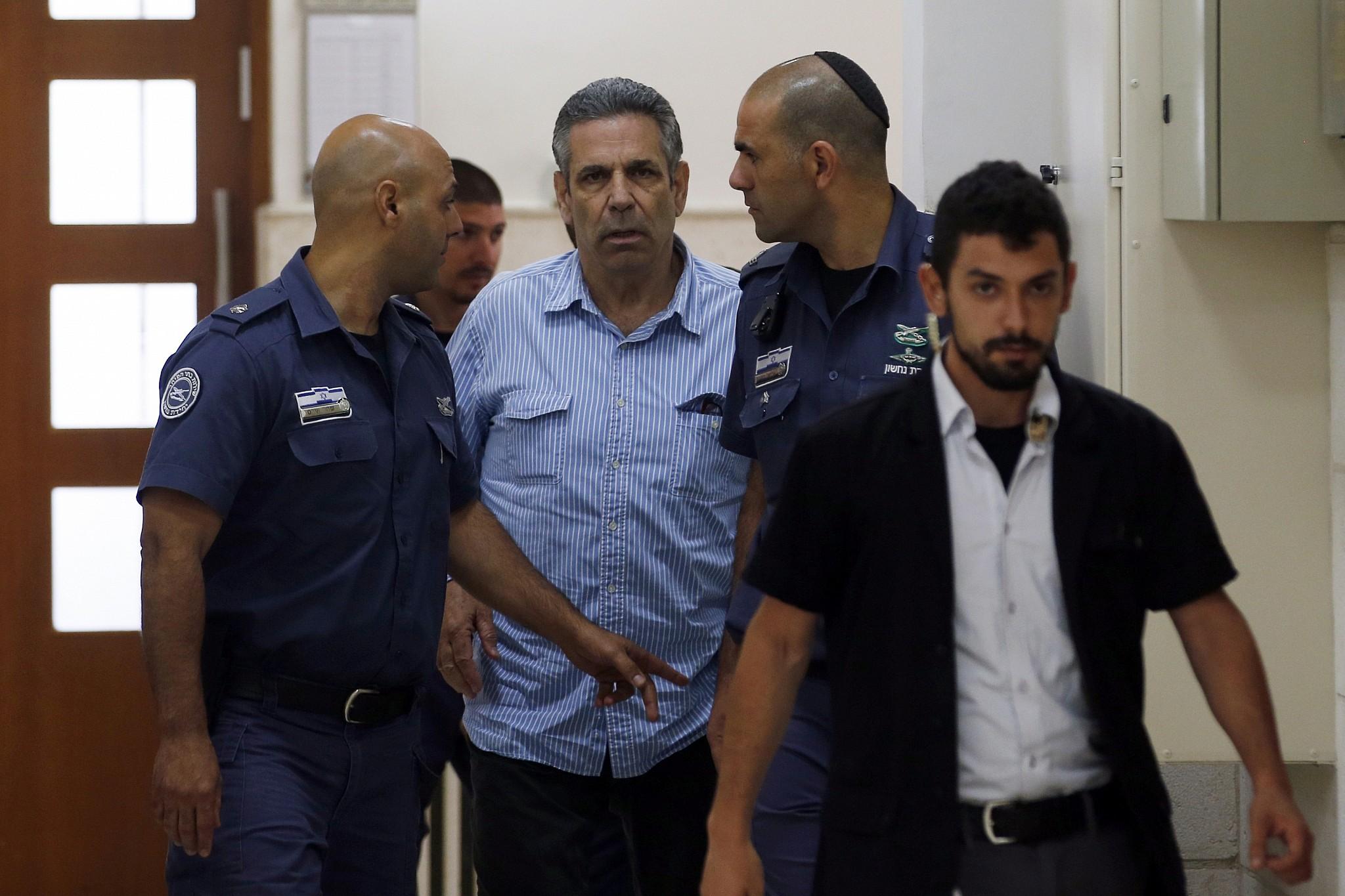 Accusé d'espionnage au profit de l'Iran, un ex-ministre israélien plaide coupable