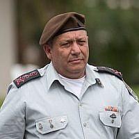 Le chef d'Etat-major Gadi Eisenkot à la base militaire de Glilot près de Tel Aviv, le 28 mars 2018 (Crédit :  Miriam Alster/Flash90)