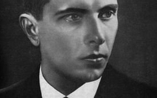 """Stepan Bandera, personnalité ukrainienne de la Seconde guerre mondiale et leader d'un mouvement nationaliste d'indépendance qui avait encouragé à """"détruire"""" les Juifs (Crédit : Wikimedia)"""