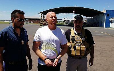 Dany Treyger au moment de son arrestation en Bolivie (Crédit : SENAD via JTA)