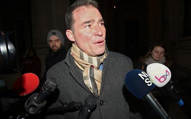 L'avocat belge de Mehdi Nemmouche, Sebastien Courtoy répond aux journalistes au Palais de justice de Bruxelles, le 18 janvier 2019, (Crédit : JOHN THYS / AFP)